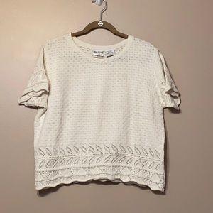 Two Twenty Cream Short Sleeve Sweater, Medium